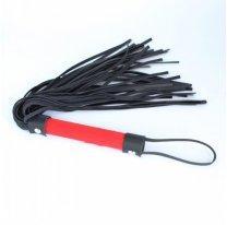 Черная плетка БДСМ с красной рукояткой