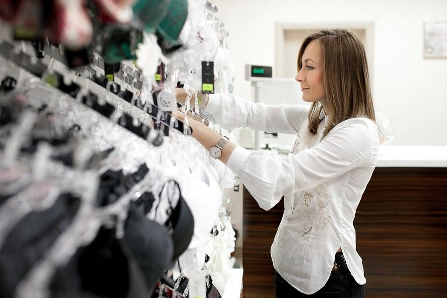 Подбор эротического белья в секс шопе. Купить красивое нижнее белье с доставкой
