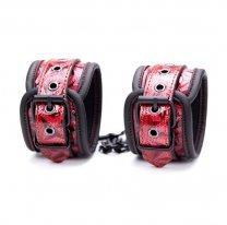 Красные лаковые наручники БДСМ