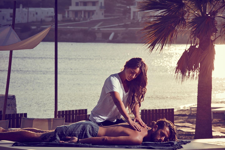 Тайская школа эротического массажа. Как правильно делать эротический массаж